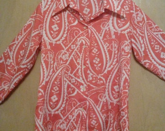 Clearance was 45 now 30. 70s Psychedelic/Psychadelic Paisley Blouse