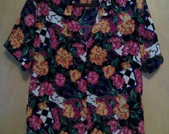 CLEARANCE was 25 now20. 80s Flower Pattern Abstract Blouse by Notations