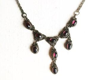 """Vintage Sterling Silver Red Garnet 13"""" Necklace"""