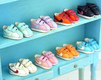 Retro sports shoes for Blythe / DAL / Pullip / Momoko/AZONE/ Lati_y/Pukifee