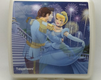 Tupperware Walt Disney  Cinderella Sandwich Lunch Keeper Container Princess  White Blue Hologram Holographic Snap Closure Healthy Eating
