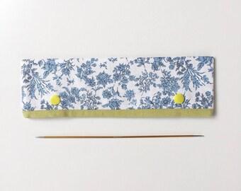 "20cm / 8"" DPN Holder / Case / Cosy in Blue Floral Linen for Knitting"