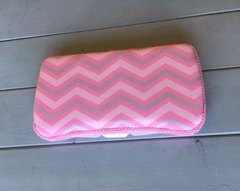 Pink Chevron, Wipe Case, Wipes Case, Wipes Holder, Baby Wipe Case, Travel Wipes Case, Baby Wipes Case, Diaper Bag, Baby Gift, Babyshower