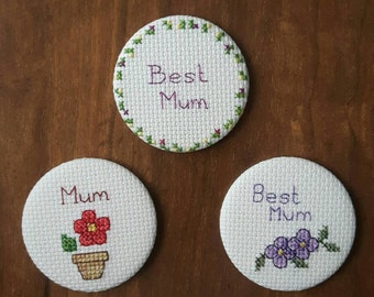 Flower cross stitch pocket mirror, Mother's Day gift, Handbag mirror, Cosmetic mirror, Makeup mirror, Compact mirror
