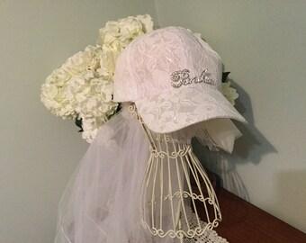 White or Pink Lace Baseball Cap and Veil & FREE badge! beautiful rhinestone BRIDE heart charm,sporty bachelorettes/honeymoon hat bridal show