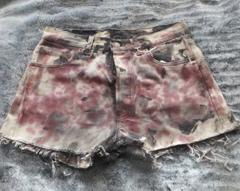 Levis short/acid washed/high waist/button up/hand painted /waist 30/women/woman/girls/boys/men/man/one and only one/summer/winter/spring