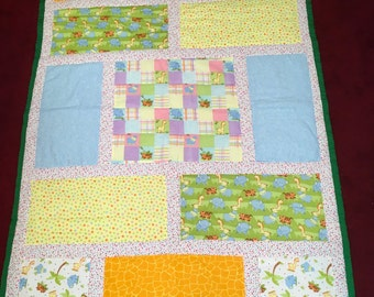 Baby jungle quilt