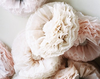 Champagne paper flower, giant hand-dyed peony pom in dove grey, blush, ivory, pink champagne, Wedding Decoration paper flower backdrop UK