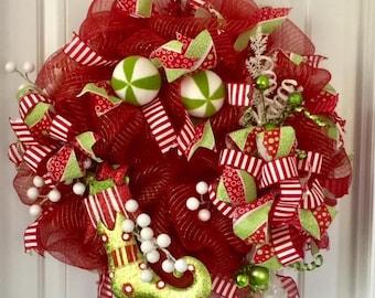 Elf Christmas Wreath, Christmas Home Decor, Christmas Elf Wreath, Holiday Home Decor, Christmas Gift Ideas, Christmas Wreath Ideas, Wreaths