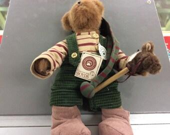 Boyd bear Trevor t. Elfbeary