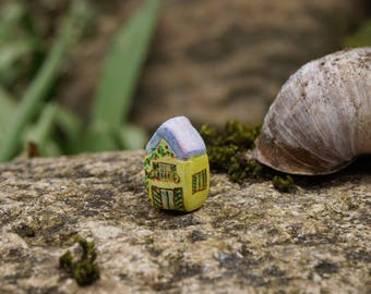 little clay house, tiny house, miniature house, micro house, terrarium house, fairy house, collectable,