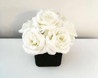 Black and white rose bouquet, glitter, wedding centerpiece, black and white centerpiece, glitter vase, white roses