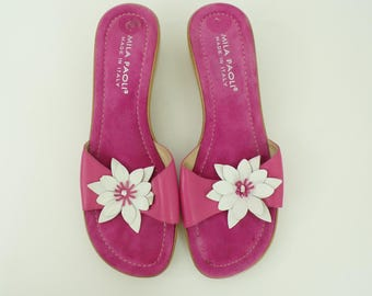 1990s pink floral sandals, Mila Paoli sandals, womens size 10M, pink slides, flowered sandals, summer shoes, made in Italy, slip on shoes
