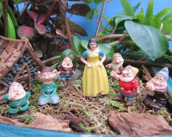 "Vintage ""Snow White"" Plastic Figurine Miniature ""Marx"" Novelty Craft Dwarfs ""Walt Disney Productions"" ""Hong Kong"" ""Fairy Garden"" Art Gift"
