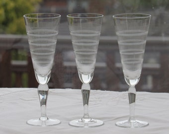 Liqueur Glasses, Trio of Etched Liqueur Glasses, 1940's Liqueur Glasses, Sherry Glasses, Vitnage Etched Glasses