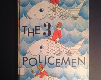 The 3 Policemen by William Pene de Bois, 1966 edition, ex library copy