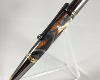 Handcrafted executive's ball point twist pen