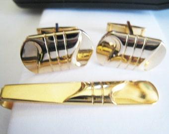 Gold Tone Cuff Link Set