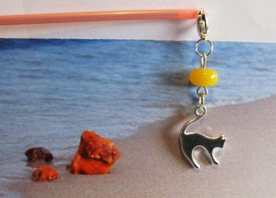 Cat 100% Natural Baltic #Amber yellow bead opaque #Pendant  1.8 gr.