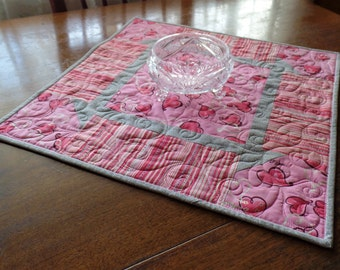 Valentine Table Topper, Valentine Table Runner, Pink Heart Centerpiece, Secret Sister Gift, Hostess Gift, Co-worker Gift