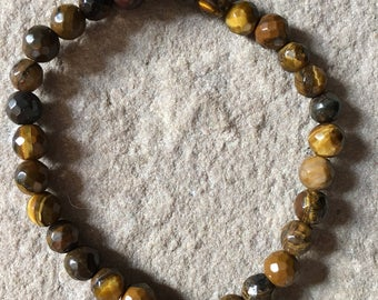 Genuine Tiger's Eye 6mm faceted semi precious gemstone Bracelet with an apple charm