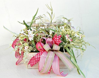 Easter Centerpiece - Easter Tabletop - Easter Arrangement - Easter Decor - Hostess Gift - Spring Centerpiece - Easter Floral - Table Decor