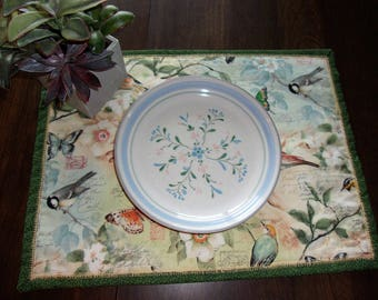 Placemats with birds set of 4