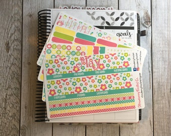 May Cute Flowers ---- Monthly Planner Kit ---- {Includes 165+ Stickers}