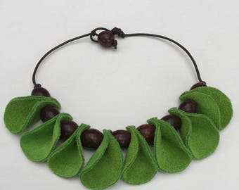 Handmade leather and beads necklace all natural, great gift