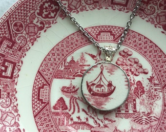 Statement Pink Willow boat necklace #