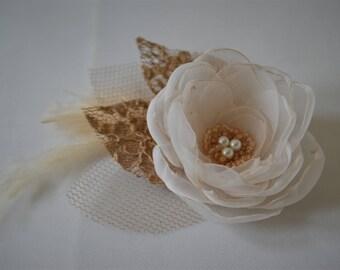 Rustic wedding hairpiece bridal flower hair clip fascinator cream and gold bridal hair comb woodland wedding bridesmaid wedding guest