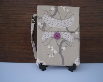 SALE Beige Kindle Wristlet, Reader Case Kindle Fire or Paperwhite Sleeve, Tree Print Kindle Case, Reader Cover, Tree Pattern Fabric Case