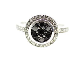 Black and White Diamond Ring / Black Diamond Ring / Eclipse Ring / Black Diamond Halo Ring / Round Diamond Ring / Contrasting Diamond Ring