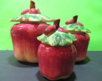 APPLE CANISTER SET Vintage (3 w/tops), Apple Canisters, Apple Kitchen Storage, Country Kitchen Decor, Apple Decor, Apple Shaped Pottery