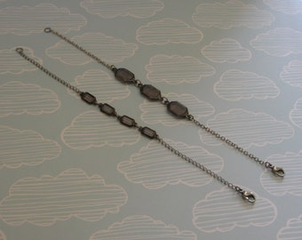 Faceted glass bead gem bracelet with stainless steel chain - band new and handmade jewllery
