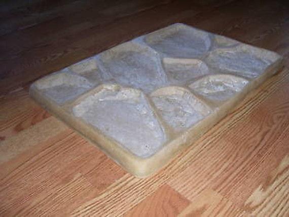 1 Fieldstone Rubber Mfg Mold Plus 1 Free Fieldstone