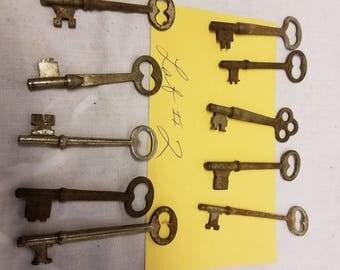 Lot of 10 antique Skeleton keys