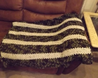 Camo and Cream Easy One Stitch Afghan