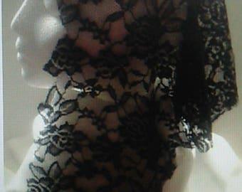 Natural Edge Black Floral Veil