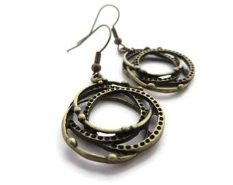 Circle earrings, Eternity jewellery, Interlocking circles, Bronze hoop earrings, Boho style jewellery, Gypsy earrings, Festival jewelry