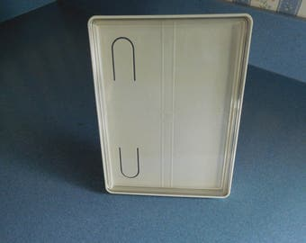 "Vintage Tupperware Picture Frame 5"" X 7"""