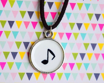 Music note locket , Music necklace , Music note jewellery , Piano necklace, Guittar locket , Music jewellery