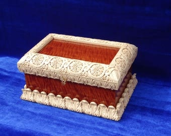 Carved box, Box, Jewelry box, The box of wood, Box for storing money, The box is in the technique of woodcarving.