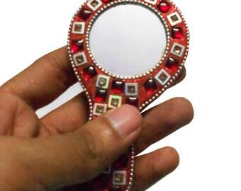 Decorative Mirror Indian Home Decor Handheld Mirror Women Travel Cosmetic Assessrios Mirror Round Designer Beaded Mirror Vanity Pouch Mirror
