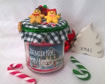 """First Christmas home"" candle scented customizable Red"