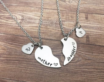Mother's day gift - Mother and daughter necklace set half heart - Personalized keyrings half heart and initial - Gifts for mom and daughter
