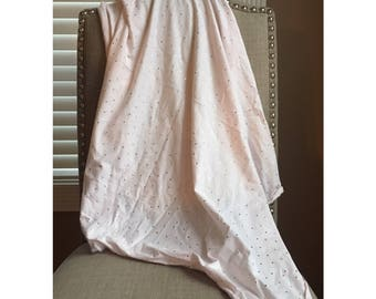 Jersey knit stretch baby swaddle blanket / light pink with gold dots