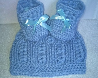 Hat and booties