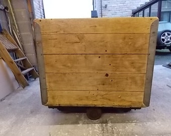 Factory Industrial Laundry Cart