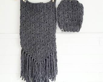 Dark grey BERNADETTE / Hat / collar